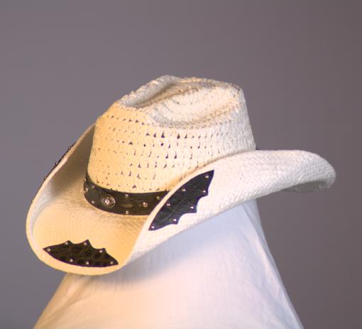 HAT 1635